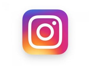http://www.instagram.com/a_lapisazur/